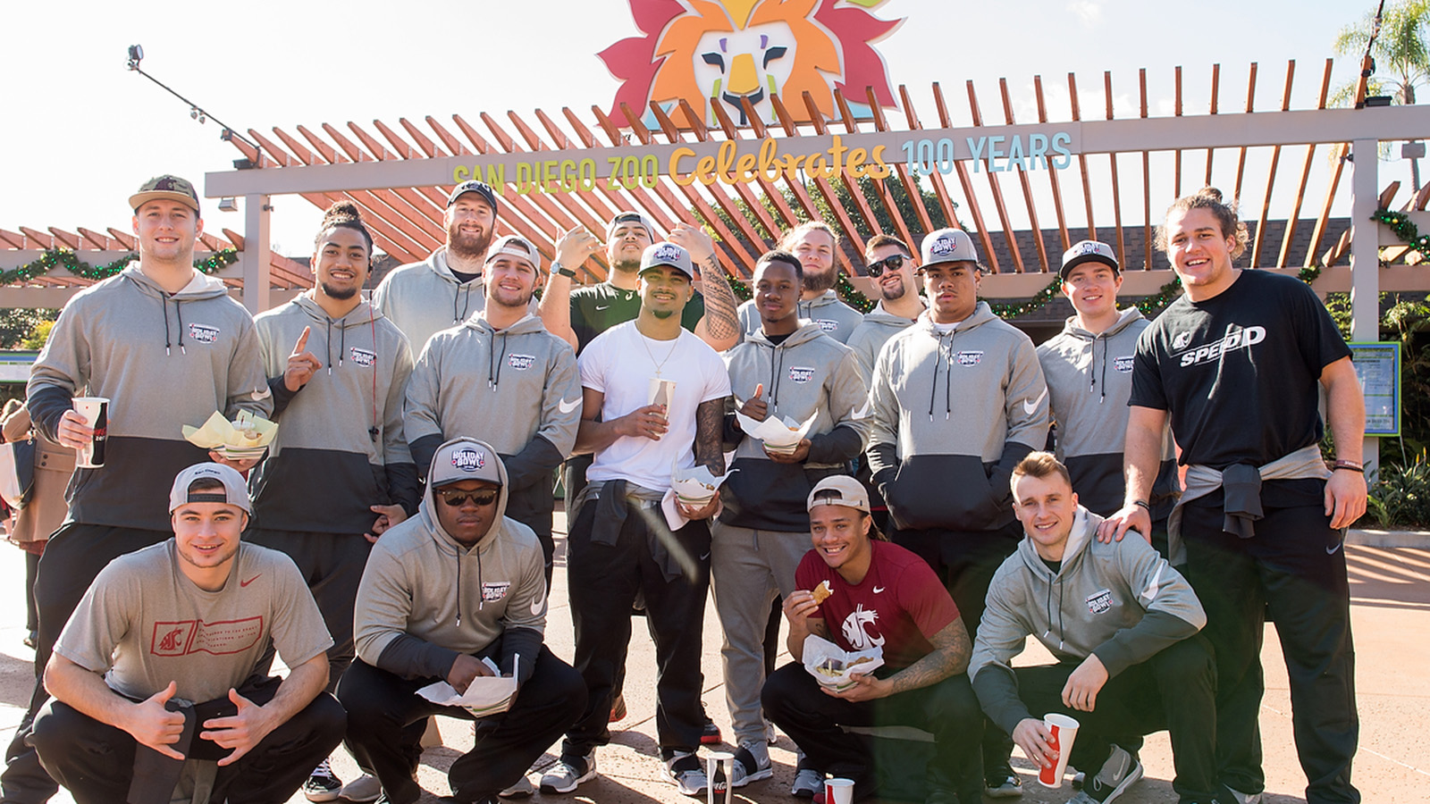 Cougars Visit San Diego Zoo During Day Four Of Holiday Bowl Week